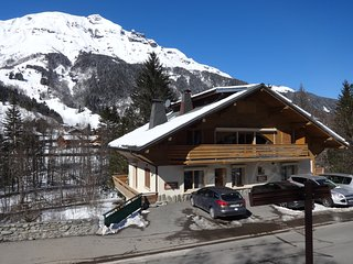 Sunny apartment in charming les Contamines village