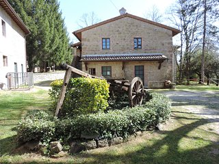 Ville Alberti Barn conversion 4 cottages and pool., Monterchi