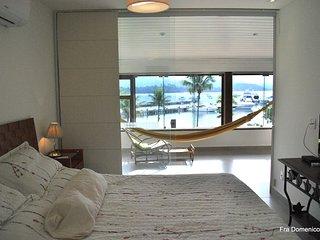 Apartamento no Ed. FraDomenico, Marina Porto Frade