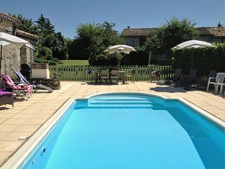 Dog Friendly Gites near to Eymet, Dordogne, France