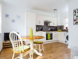 Cosy Cardiff City Flat, Near Local Bars, Restaurants & Attractions - Sleeps 4