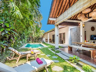 2 Bedroom Villa Close to BEACH