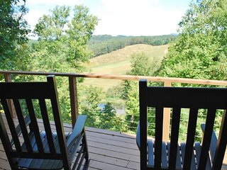 Carolina River Calm-River Access, Pet Friendly, Views