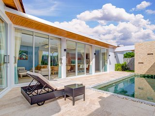 3 Bedroom Modern Pool Villa Near to Naiharn Beach