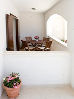 Terrace, outside furniture, one bedroom apartment Pucisca, Pucisca, Brac Island