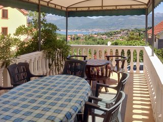 Bright apartment 900m from the sea, Tivat
