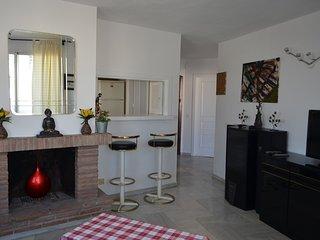 Estupendo apartamento en Puerto Marina, El Arroyo de la Miel