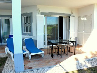 Presley White Apartment, Quinta do Lago, Algarve