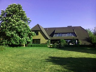 Nature, Meditation & Lake View near Hamburg - Beautiful Duplex (Maisonette) Apt.