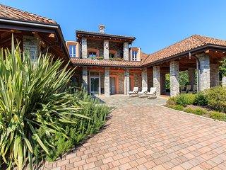 3 bedroom Villa in Cissano, Piedmont, Italy : ref 5386571