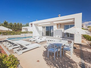 Pafos Elite Villas + Pool Heating Option - #PCQ