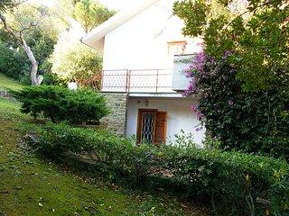 Tuscany panoramic seaside villa up to 8 guests
