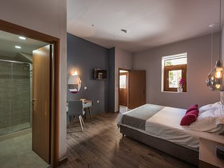 Bluebell Ground floor Suite, Chania Town