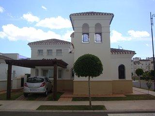 2 bedroom detached villa with private pool, Roldan