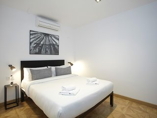 Apartment in Barcelona with Air conditioning, Lift, Internet (339168)