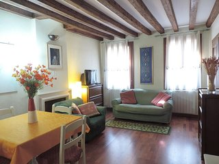 Spacious apartment in the center of Venice with Internet, Air conditioning