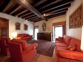 In the center of Venice with Internet, Air conditioning, Washing machine (361190