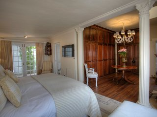 Our Hermanus House Bed and Breakfast - Bedroom 1