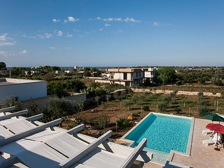 Villa with private pool close to the sandy Beach, San Pietro in Bevagna