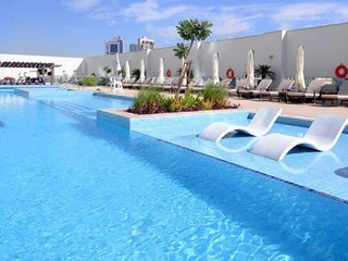 Studio apartment in Dubai with Terrace, Air conditioning, Lift, Washing machine (378309), Dubái