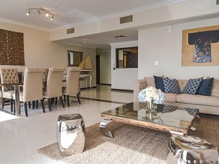 Apartment in Dubai with Terrace, Air conditioning, Parking, Washing machine (378569), Dubái