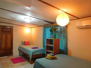 Cuki´s Cuarto, Bocas Town