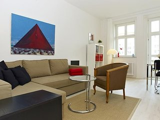 Apartment 760 m from the center of Berlin with Lift, Terrace, Washing machine