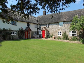 Red Doors Farm - The Farmhouse, Honiton