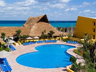MVC at Melia Cozumel: 2-BR, Sleeps 8, Kitchenette