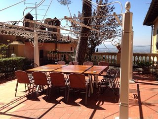 House in Florence with Internet, Pool, Air conditioning, Parking (446786)