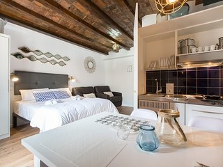 Apartment in Barcelona with Air conditioning, Lift (458419)
