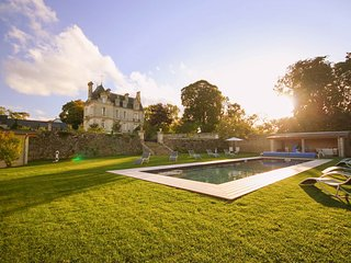 Confirmed Instant Book: Chateau de la Paix with heated pool near D-Day!