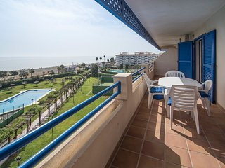 Front line beachfront apartment in Sabinillas, Manilva, San Luis de Sabinillas