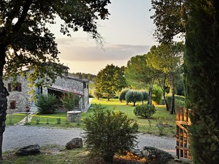 Secluded private hideaway in the middle of Chianti vineyards in silent position
