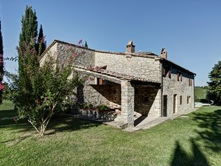 Private secluded retreat in the Chianti hills between Siena and Florence