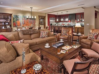 One Steamboat Place - Hahns Peak - 4BR Slopeside Luxury, Steamboat Springs