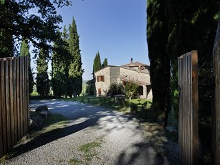 Experience the authentic Chianti life at villa LisiDor, exclusive location