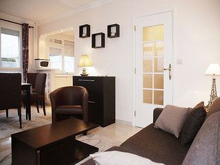 Apartment in Paris with Lift, Balcony, Washing machine (465826)