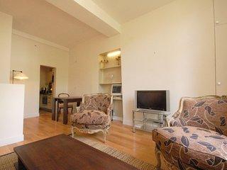 Apartment in Paris with Lift (465847)