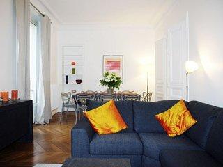 Apartment in Paris with Lift (465974)