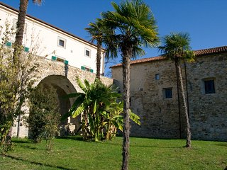 VILLA IL MONASTERO near to Cinque Terre Beach clubs and restaurants, Castiglione