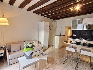 Apartment in Paris with Washing machine (509089), Parijs