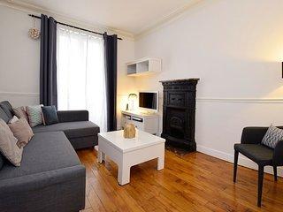 Apartment in Paris with Washing machine (509113)