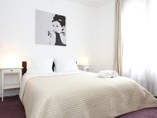 Apartment 1.1 km from the center of Paris with Lift, Washing machine (509285), Parijs