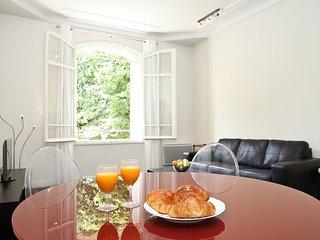 Apartment in Paris with Lift (509321)