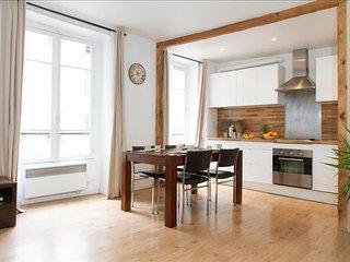 Apartment in Paris with Washing machine (509335)
