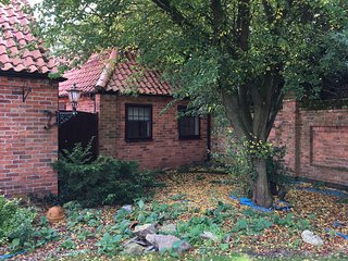 Grooms cottage self contained1 bedroom annexe ., Collingham