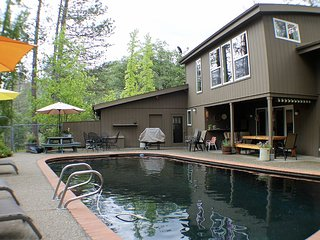 Pine Bluff House **Pool** Privacy, Seclusion, Midpines