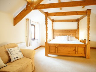 Hele Barton near Bude - Hayloft Sleeps 2, Widemouth Bay