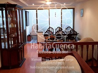 Enjoy a clean and confortable room in Cuenca.